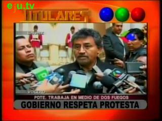 """Gobierno """"respeta"""" protesta de la prensa"""