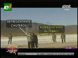"""Vehículos """"chutos"""" negocian con los militares el paso en el control aduanero"""