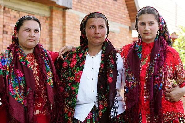 Rumania advierte sobre ola de racismo si continúan las deportaciones ...