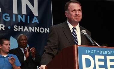 Creigh Deeds dando un discurso el 3 de noviembre del 2009.