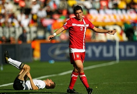 Las diez estrellas que no brillarán en Brasil 2014 Aleksandar Kolarov