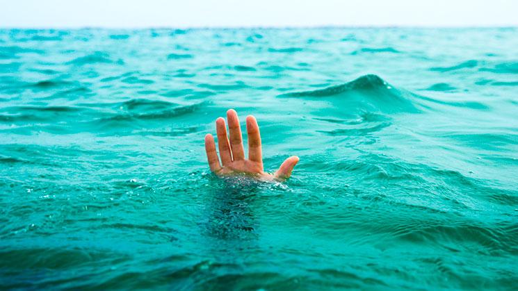 Pastor se ahoga tratando de caminar sobre el agua como Jesús – eju.tv