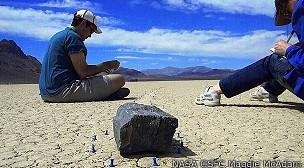 Resuelven el misterio de las rocas viajeras del Valle de la Muerte