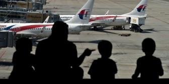 Australia: vuelo de Malaysia Airlines desaparecido viró al sur antes de lo pensado