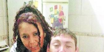 Feroz asalto a una pareja: quieren robarles la moto y matan a la mujer