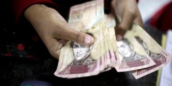 En caída libre el bolívar venezolano