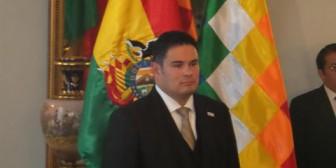 Erick Saavedra jura como nuevo embajador de Bolivia en Japón