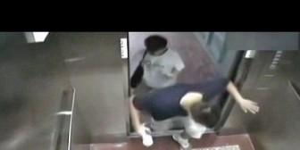 ¡Triste tragedia! China: Joven murió aplastado por ascensor