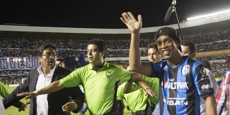 Suben costo de entradas para ver a Ronaldinho