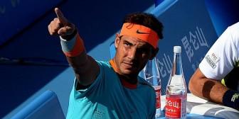 El tenista español Nadal volvió a las pistas después de su lesión en la muñeca