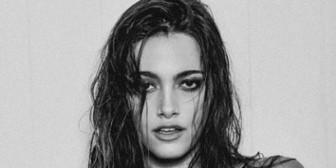 La sensual producción fotográfica de Oriana Sabatini