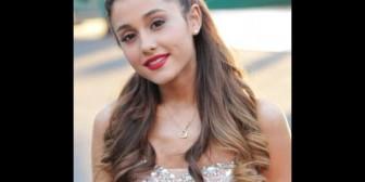 """Ariana Grande: """"Las fotos filtradas no son mías. Mi trasero es más bonito"""""""