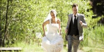 29 cosas que suelen pasar cuando te casas joven