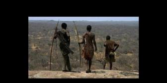 Hadza, tribu que lleva una vida como la de hace 10 mil años