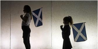 Escoceses deciden seguir en el Reino Unido tras ganar el No