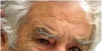 Mujica lamenta desperdicio de comida mientras hay niños que mueren de hambre