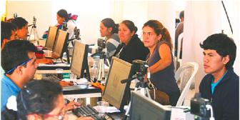Partidos de Bolivia reclaman transparencia al Tribunal Electoral