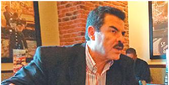 """Manfred Reyes Villa: """"Tuto y Samuel están polarizando para ver quién pierde mejor"""""""