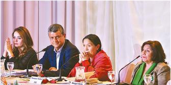 Canal estatal actúa como canal del MAS y no transmite debates de la oposición