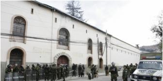 Revelan que 'delegados' en cárcel de San Pedro cobran más de Bs 1.000 por un cupo