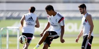 Raphaël Varane amplía su contrato con el Real Madrid