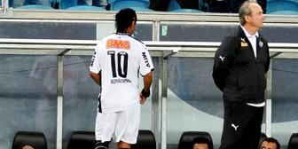 """""""Ronaldinho no quiso pagar el precio de un futbolista profesional"""""""