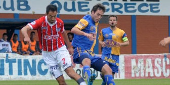 Boyero, un descubrimiento de Caruso Lombardi, a la selección de Bolivia
