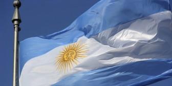 Los teléfonos fabricados en Tierra del Fuego deberán preinstalar apps argentinas