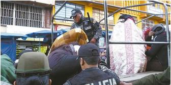 23 burdeles camuflados en boutique son clausurados en La Paz