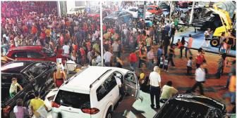 Vendedores de autos nuevos y usados están obligados a dar garantías