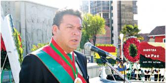 Revilla perfila su futuro con vecinos, sin hablar del MSM; es ambicionado como aliado para 2015