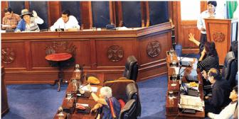 Sancionan ley que anula a los jueces ciudadanos