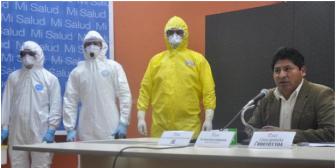 Gobierno boliviano advierte con sanciones a médicos que no atiendan ébola