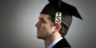 ¿A qué universidades van las personas más ricas del mundo?