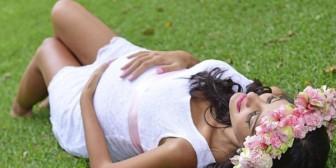 Nicole Camacho, una mamá muy sexi que nos muestra la evolución de su embarazo