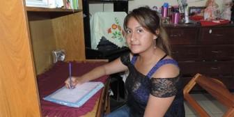Alumna de Vallegrande tiene el mejor promedio