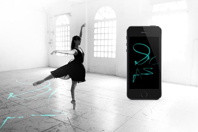Una placa Arduino convierte a una bailarina en una artista del pincel