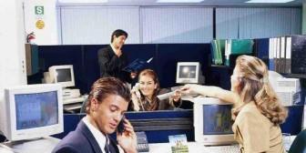 ¿Es importante que tus compañeros de trabajo sean tus amigos?