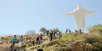 Violan a mujer y maniatan a un hombre en el cerro San Pedro