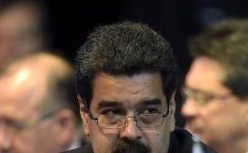 """Acercamiento EEUU-Cuba le """"mueve el piso"""" a política externa de Maduro"""