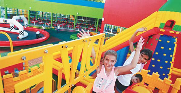 Capacidad. Divercity inauguró sus ambientes en diciembre.Tiene 5.000 m2 con 14 zonas de juegos infantiles.
