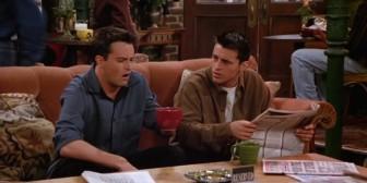 ¿Por qué los personajes de Friends tenían siempre libre el sofá del Central Perk?