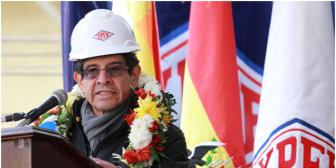 Petroleros declaran duelo tras la muerte del Presidente de YPFB y el gobiernista MAS le rinde homenaje