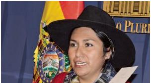 """Ministra Paco pretende """"controlar"""" el uso de redes sociales en Bolivia"""