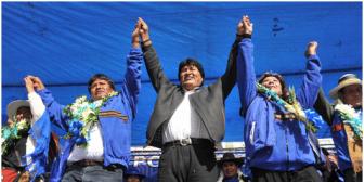 Evo proclama a sus candidatos en Oruro; pese a restricción por norma electoral