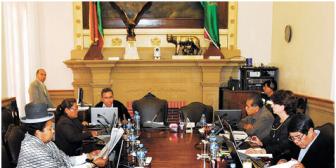 Sin vergüenza. Concejales de La Paz sesionaron una vez e igual cobrarán sueldos