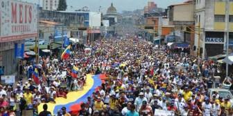 La oposición venezolana marchó en la ciudad donde fue asesinado el niño de 14 años