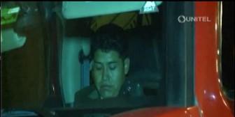 La Paz: Fiscal fue sorprendido durmiendo dentro de su vehículo