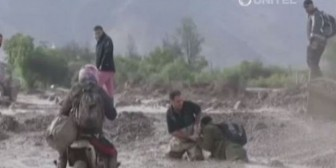 Residentes bolivianos sufren por intensas lluvias en Chile