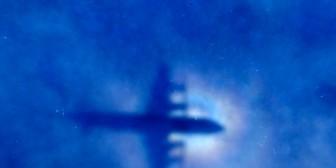 A un año de la desaparición del vuelo MH370 abundan las teorías sobre lo que paso